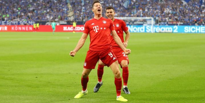 Robert LeRobert Lewandowski pens new contract with Bayern Munichwandowski