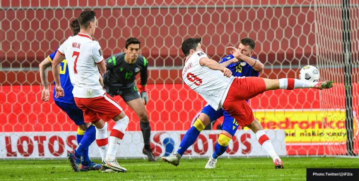 Robert Lewandowski set to miss four weeks