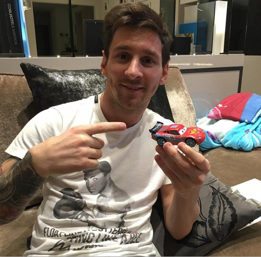 How Lionel Messi Spends His Millions Soccergator