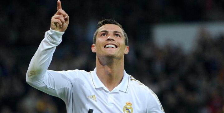 Brazilian legend Kaka picks Lionel Messi over Cristiano Ronaldo
